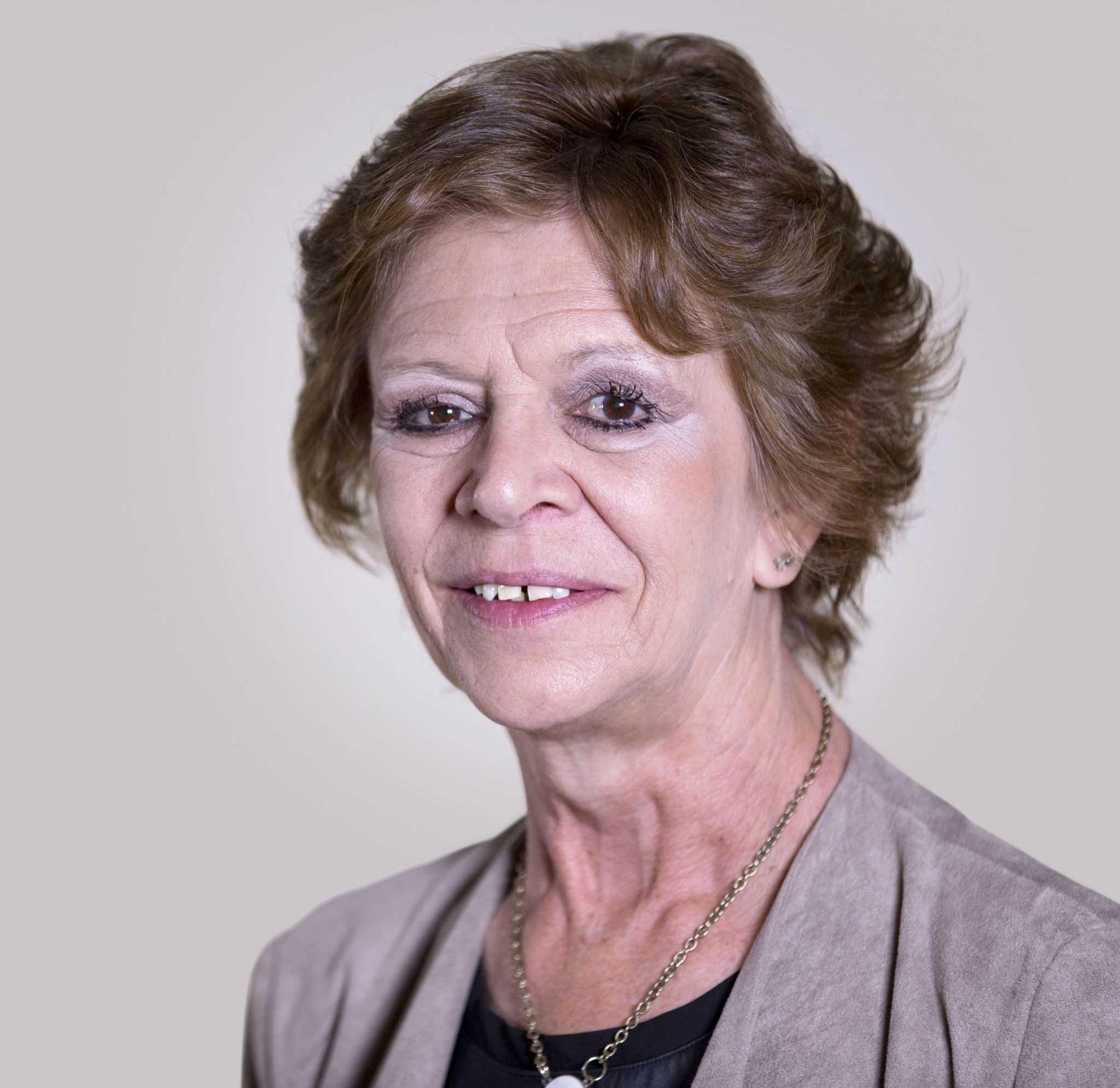 Headshot of Rosalie Marshman