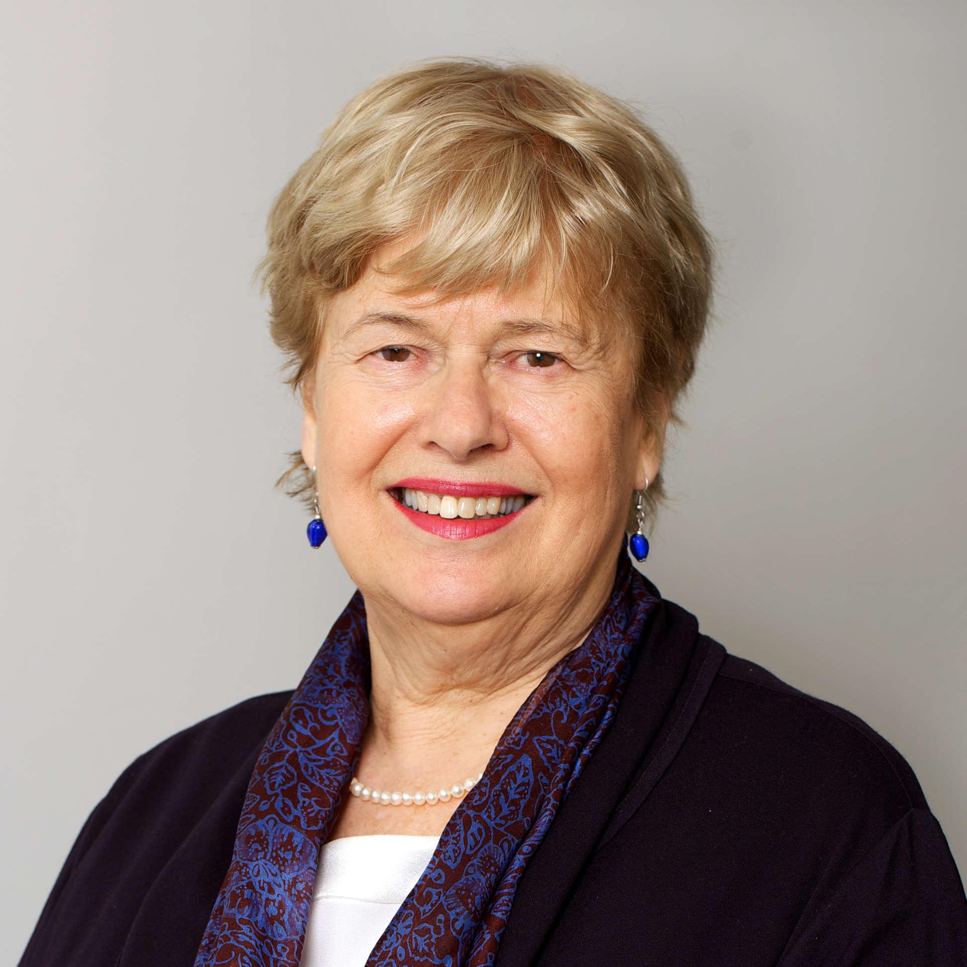 Headshot of Liz Jenkins